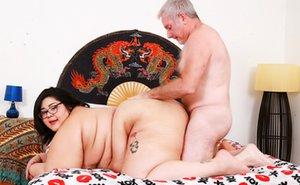 Teen and Oldman Asian Pics