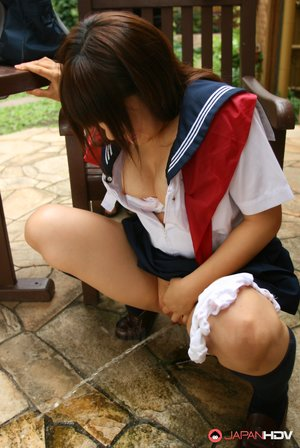 Peeing Asian Pics